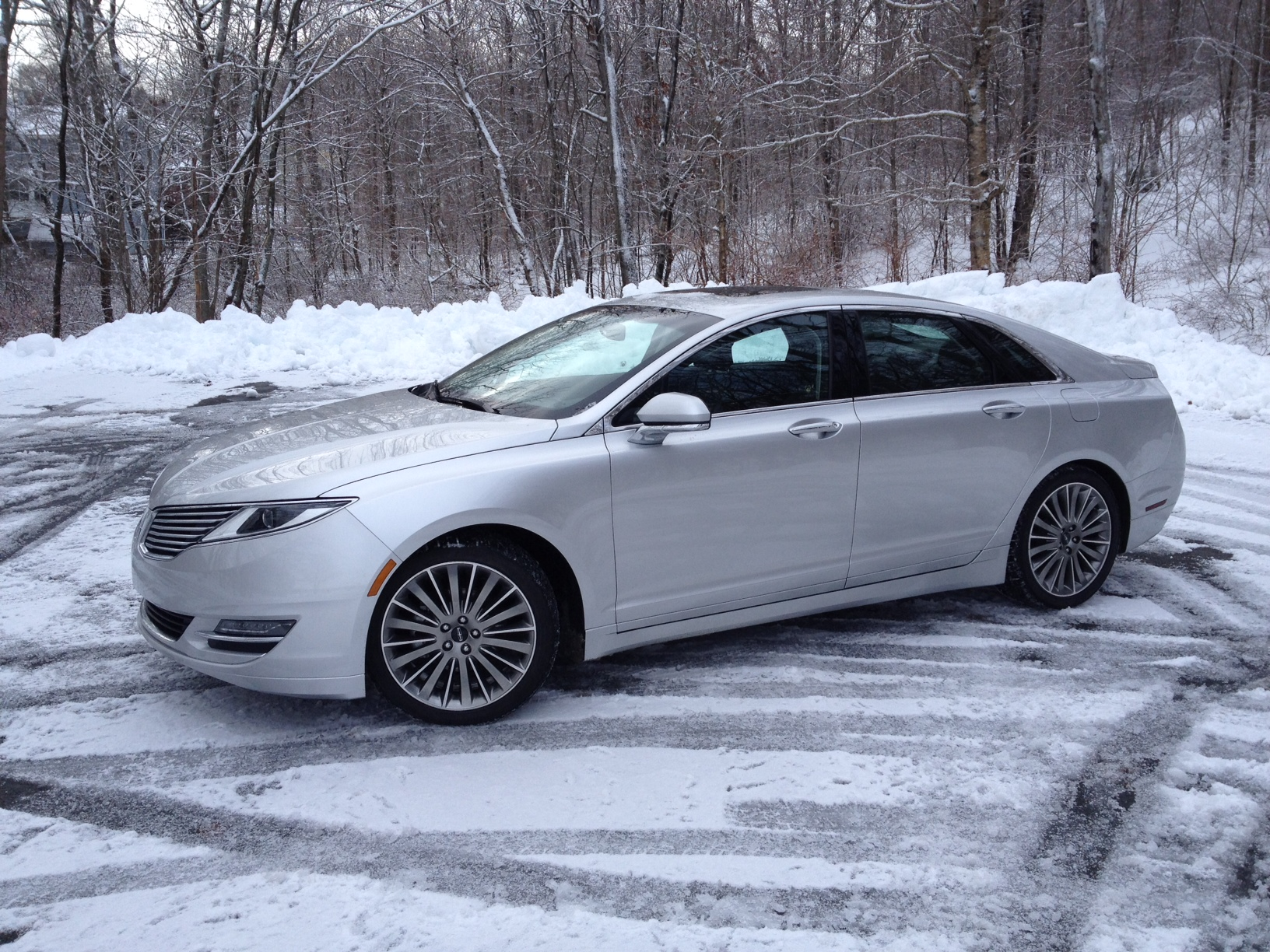 hybrid to fast s lsff the appeal mkz adds review lincoln