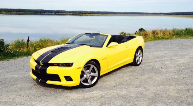 test drive 2014 chevrolet camaro ss convertible. Black Bedroom Furniture Sets. Home Design Ideas