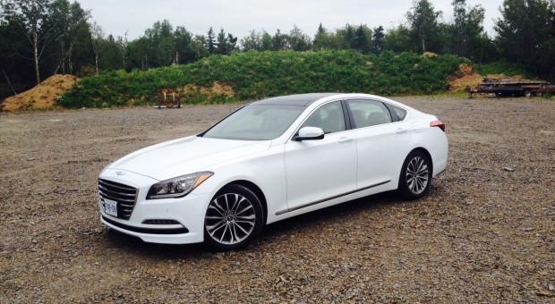 """Test Drive: 2014 Hyundai """"Jenny"""" Genesis 3.8 Technology"""
