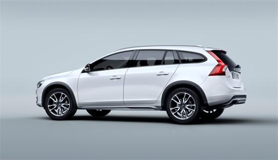Volvo Reveals V60 Cross Country