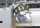 Nissan, Chrysler Minivans Completely Fail New Crash Test