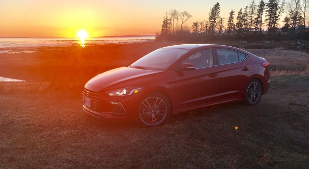 review 2017 hyundai elantra sport. Black Bedroom Furniture Sets. Home Design Ideas