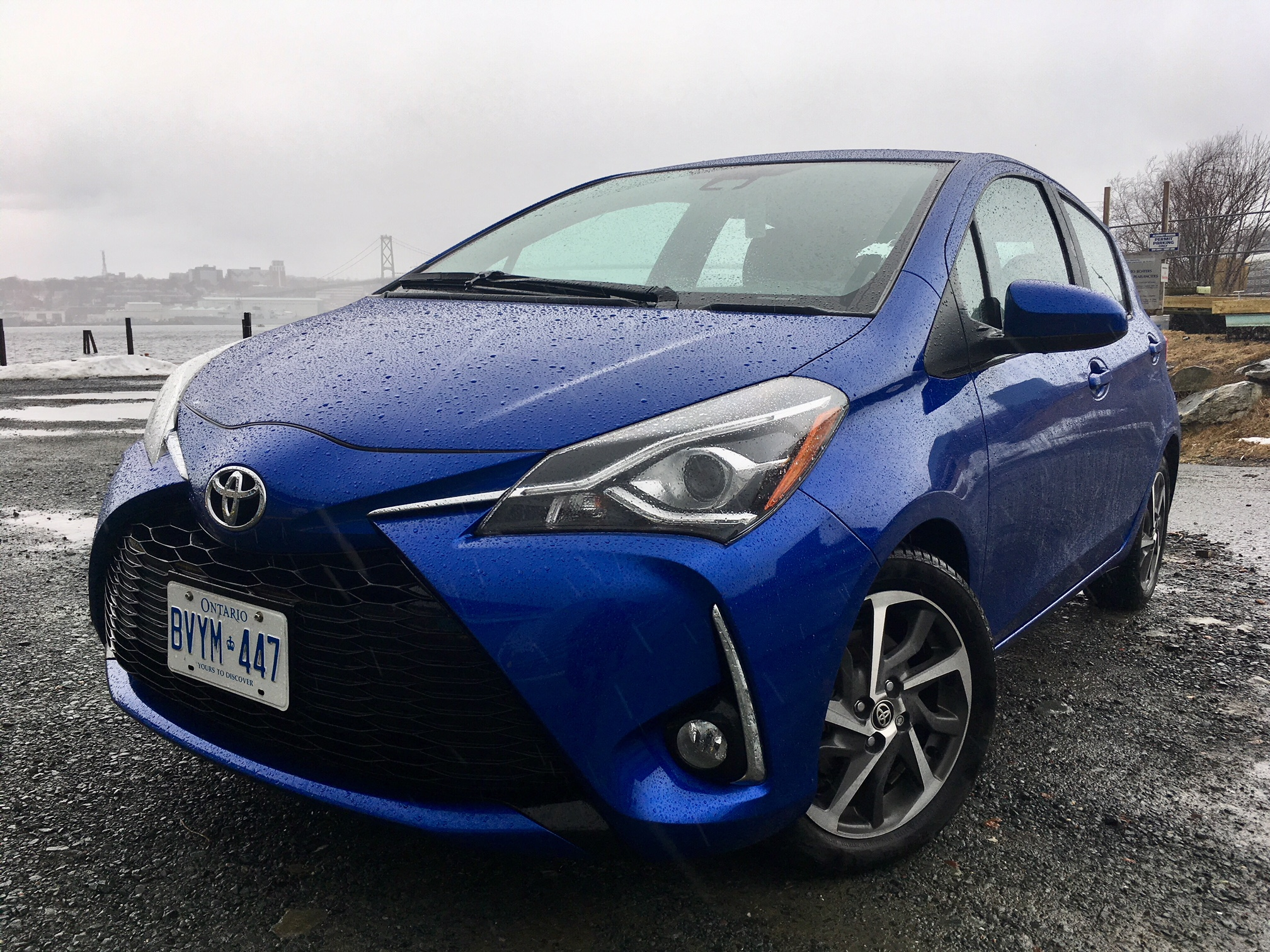 Review 2018 Toyota Yaris SE