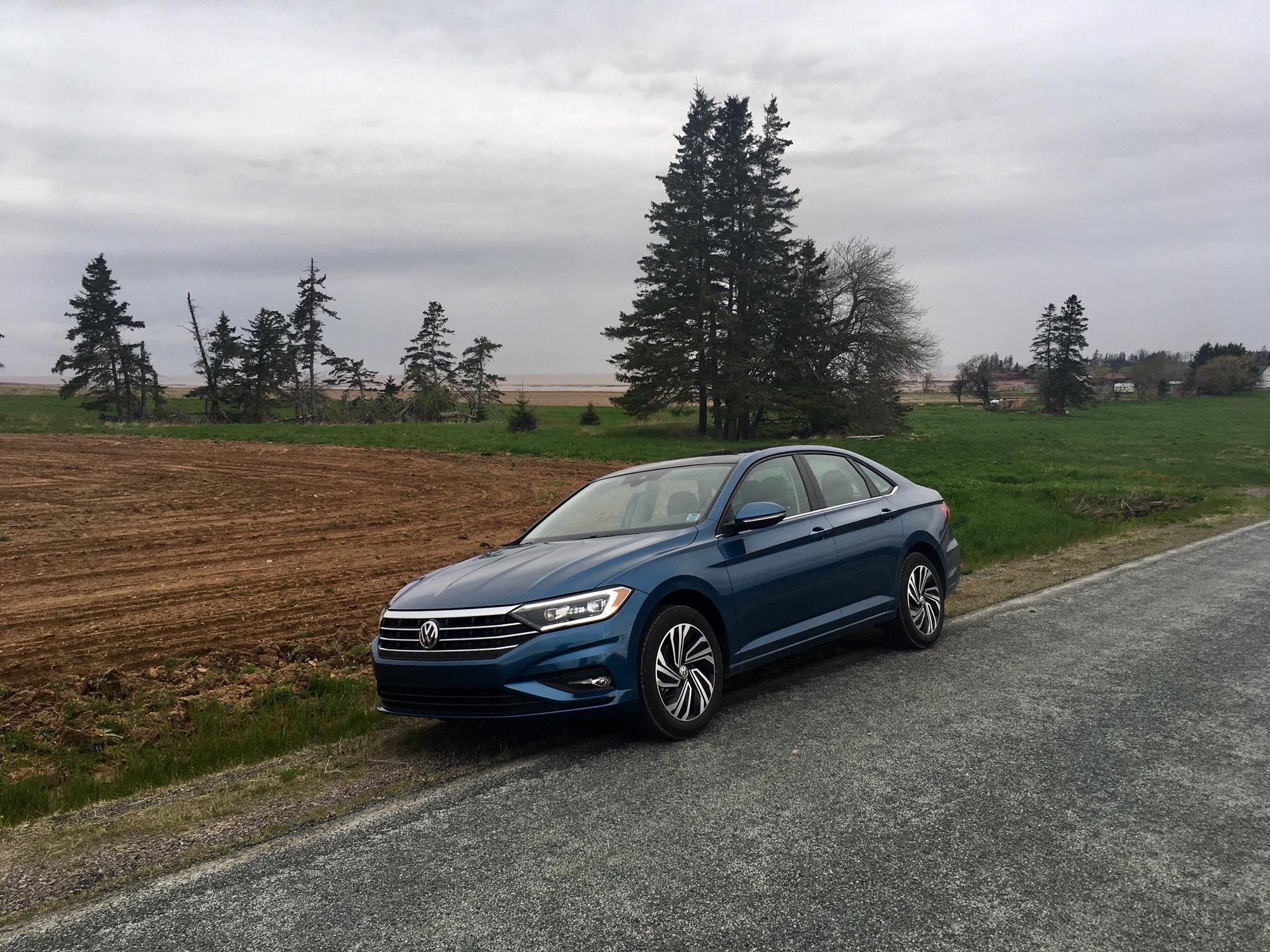 Review 2019 Volkswagen Jetta Execline Haligonia Ca