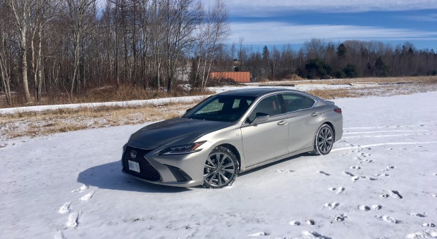 Review: 2019 Lexus ES 350 F-Sport